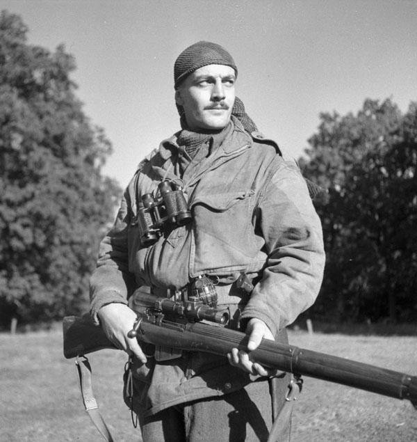 Paul Fogg, Expert Sniper.