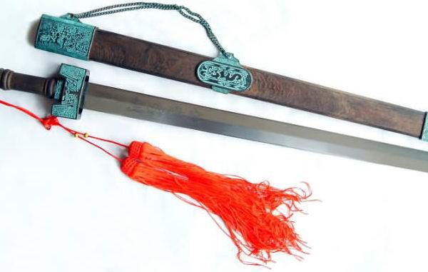 Ancient Chinese blade, belonging to one of the agents of the Red Hand.